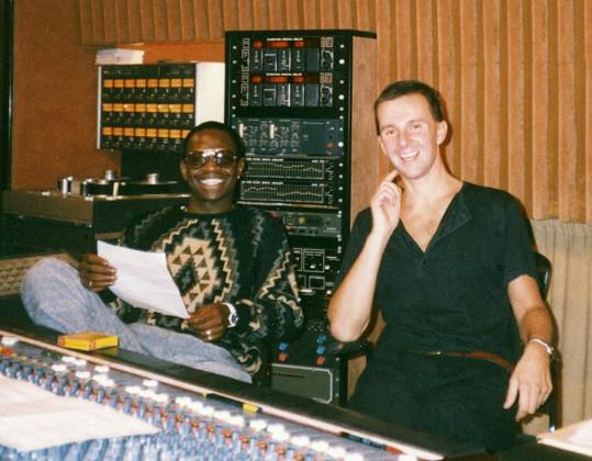 Ondřej Soukup s Charlesem Shawem při natáčení písní k Bony a klid (1986)