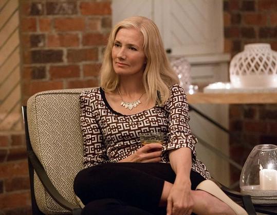 Joely ve filmu Nekonečná láska (2014)