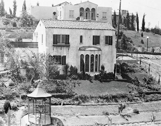Tuhle vilu v Hollywoodu obýval...