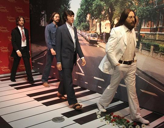 Členové kapely Beatles z vosku.