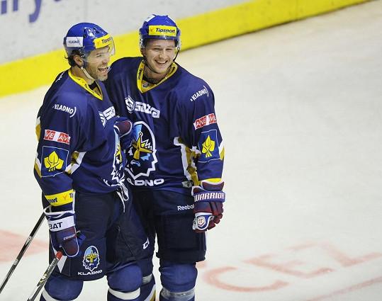 Během krize v NHL hráli Tlustý a Jágr bok po boku za mateřské Kladno.
