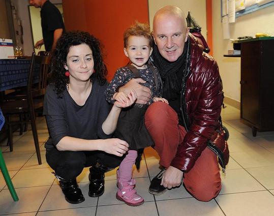 Vlásky má holčička po tatínkovi, Ondřej byl prý jako malý blonďák.