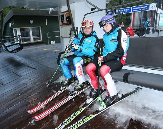 Michal Suchánek vyrazil na parádní lyžovačku s dcerou Berenikou.