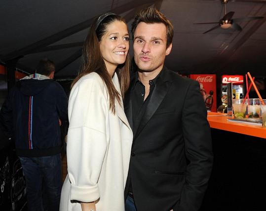 Za Petrou dorazil na párty její přítel Leoš Mareš.