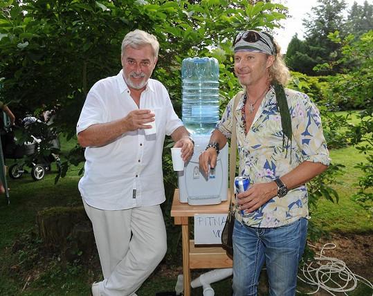 S dlouholetým kamarádem Janem Rosákem
