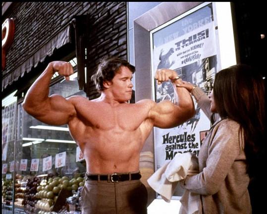 Arnold ve svém filmovém debutu Herkules v New Yorku (1969)