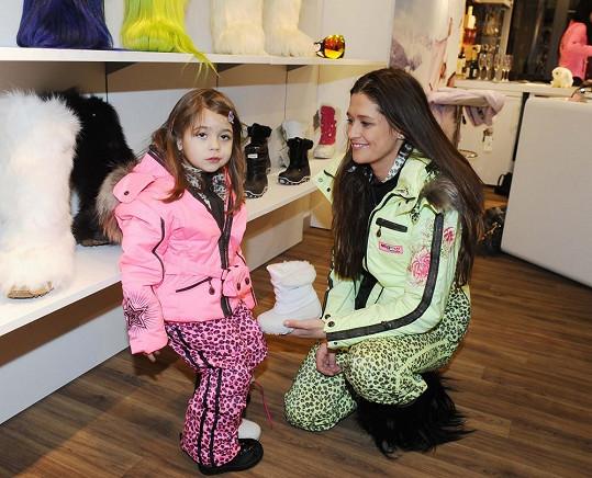 Modelka se věnovala hlavně své dceři Adrianě.