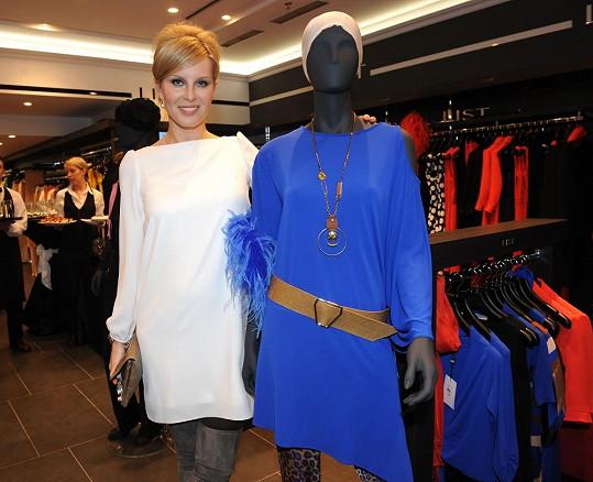 Simona otevírala nový butik v galerii na pražských Příkopech.
