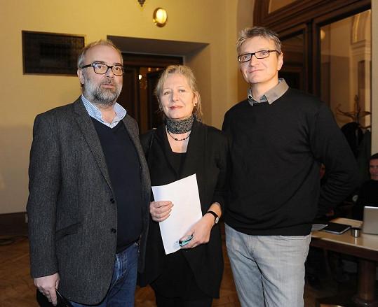 Členové prezídia České filmové a televizní akademie (zleva) Ondřej Trojan, Helena Třeštíková a Jan Svěrák