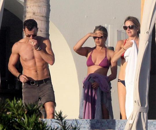 Snoubenec Jennifer Aniston je vskutku kus chlapa!