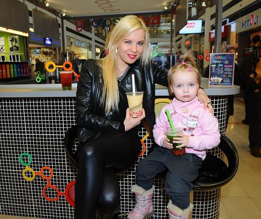 Kateřina Kristelová s dcerou Claudií se staly ambasadorkami pití zdravého čaje.