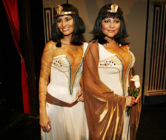 Ilona s Monikou se mohou pochlubit výstavním poprsím.