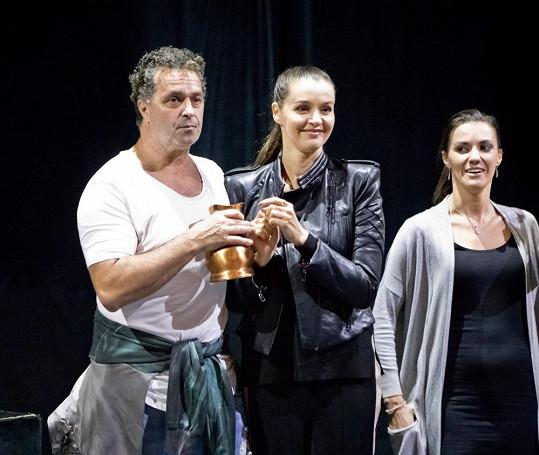 Martin Dejdar se zranil na předpremiéře muzikálu Trhák.