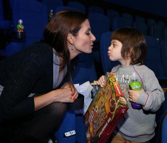 Eva se synem Michálkem.