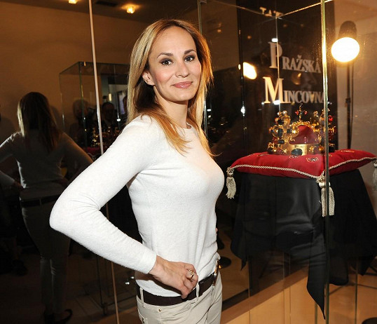 Monika Absolonová vypadá výborně.