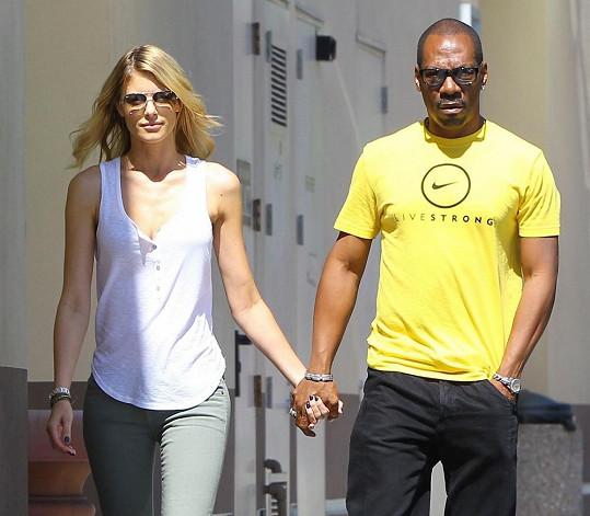 Eddie Murphy randí s australskou modelkou už od loňska.