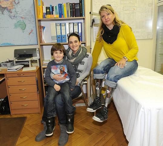 Libuška Vojtková s kamarádkou, která přišla před rokem o obě nohy.