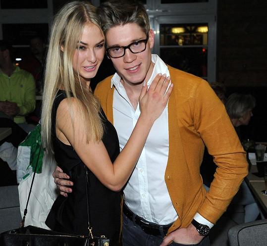 Modelka se svým přítelem Tomášem Topolánkem