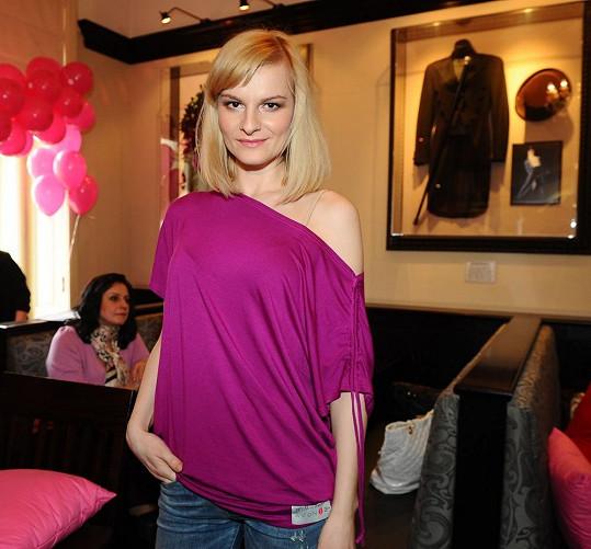 V průvodu naděje poprvé půjde i Iva Pazderková.