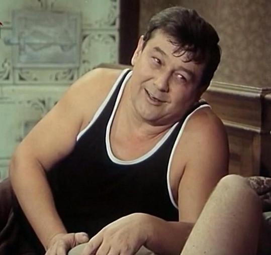 Josef Vinklář v seriálu Byl jednou jeden dům.