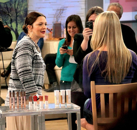 Herečka v televizním pořadu Good Morning America na stanici ABC.