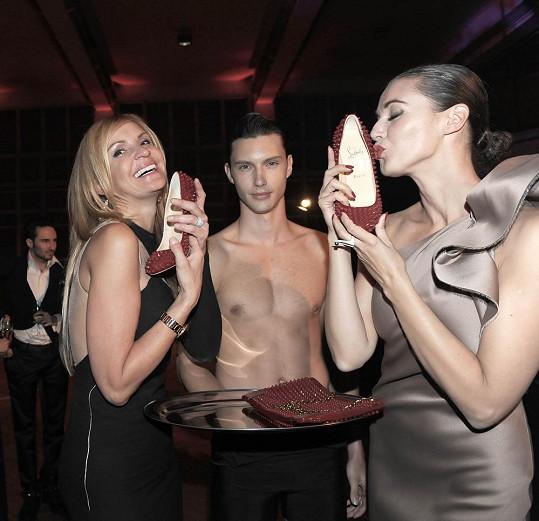 Botky Louboutin zaslouží polibek, což uznala nejen Tamara, ale i Iva Kubelková.