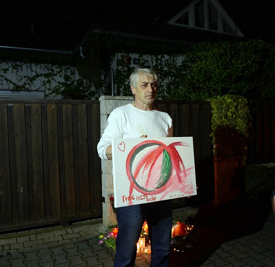 Ukázal i obraz, který v den smrti dostal od Ivety k narozeninám.