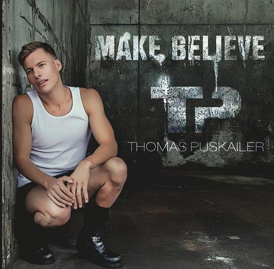 Takto bude vypadat přední strana Thomasova alba.