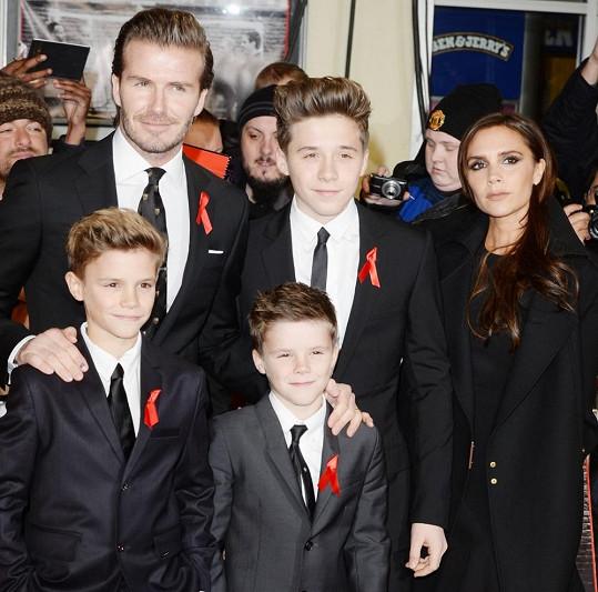 Snímek téměř kompletní Beckhamovic rodinky. Chybí pouze nejmladší Harper.