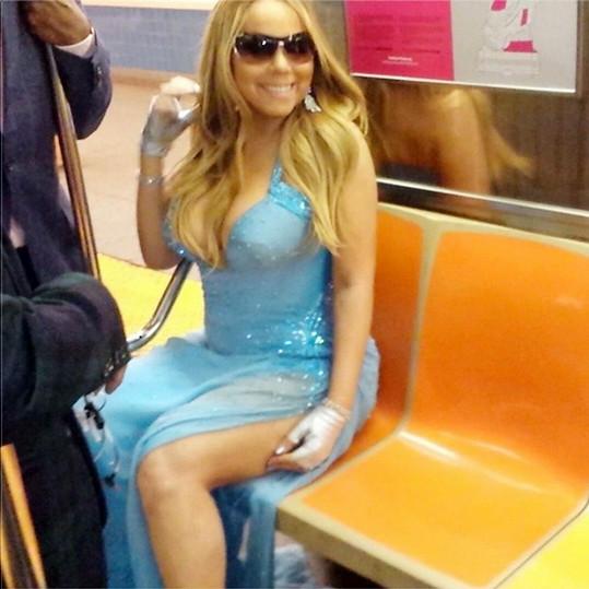 Mariah Carey má taky právo sedět.