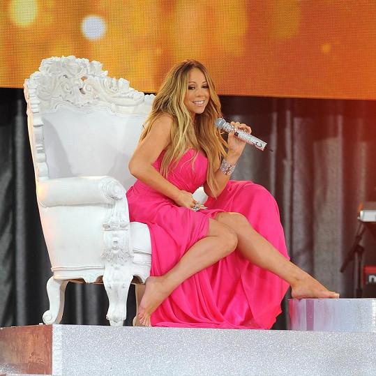 Mariah Carey je hrdá na své tělo.