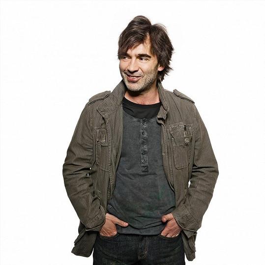 Pavel Řezníček si zahraje v seriálu Svatby v Benátkách.