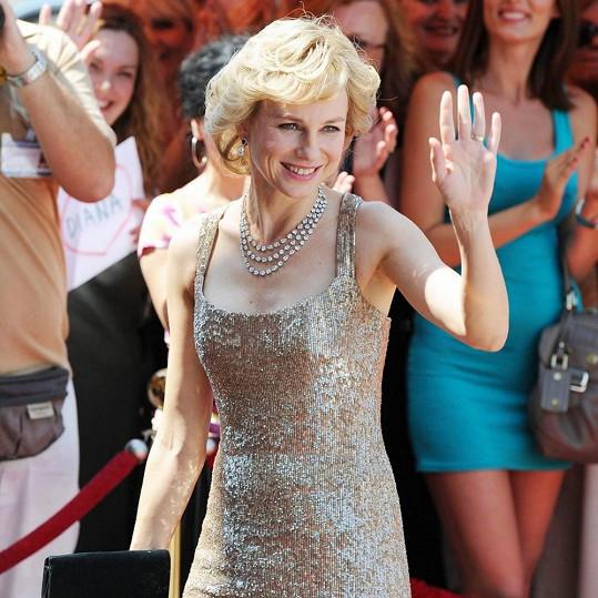 Naomi Watts v roli Diany