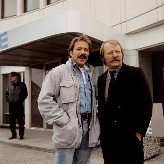 Jako Schimanski v seriálu Místo činu (1986)