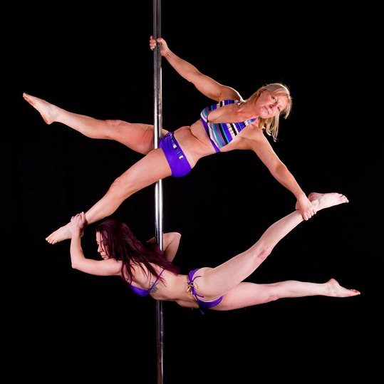 Cecylia Metcalfe s dcerou tvoří taneční duo.