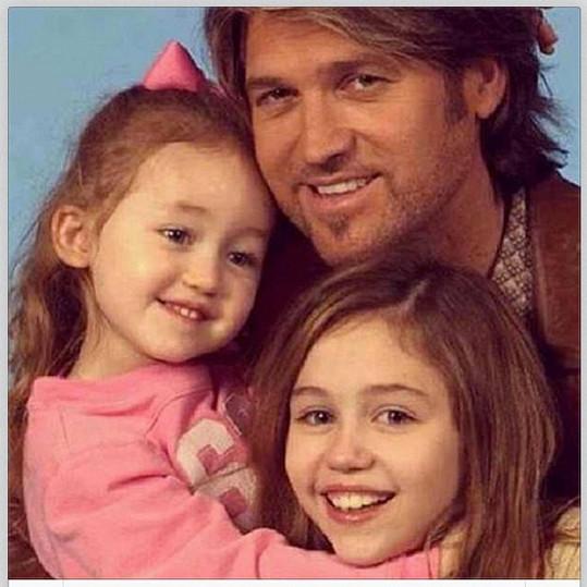 Miley s otcem Billy Jay Cyrusem a sestrou Noah