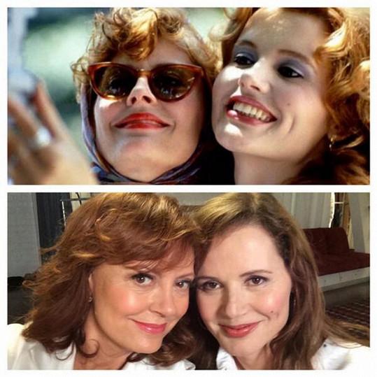 Slavnou filmovou selfie, kterou si zahrály v posledních minutách dojemného filmu, si Susan Sarandon a Geena Davis zopákly po třiadvaceti letech.