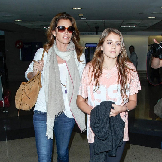Cindy s Kaiou na letišti v Los Angeles
