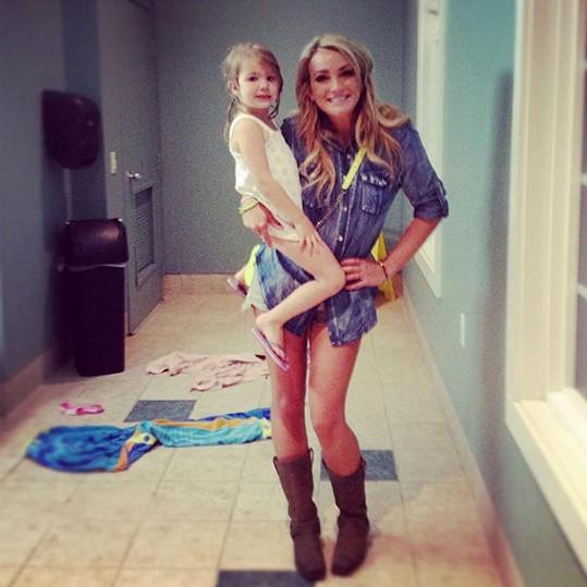 Jamie Lynn s dcerou Maddie.
