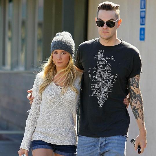 Ashley a Christopher.