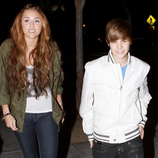 Miley si s Justinem v roce 2010 zašla na sushi. K úletu mezi nimi ale mělo dojít mnohem později.