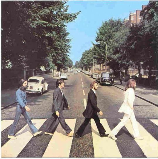 V srpnu roku 1969 vznikla na přechodu Abbey Road jedna z nejslavnějších fotografií skupiny Beatles. Fotka se objevila na obalu alba Abbey Road.