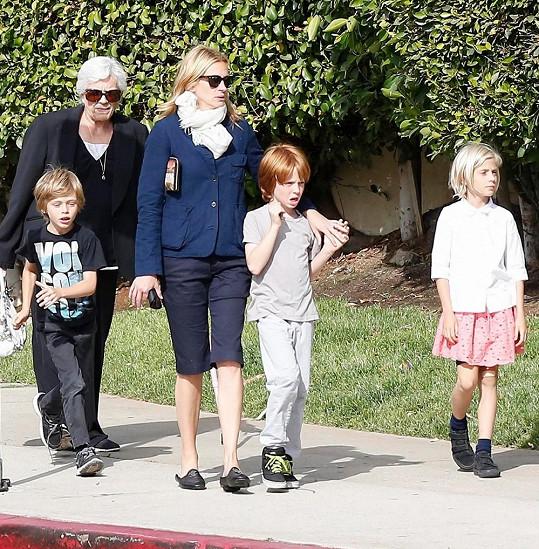 Julia Roberts má devítiletá dvojčata Phinnaeuse a Hazel.