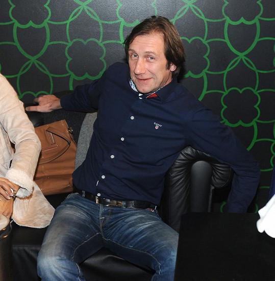 Antonín Duchoslav také patří mezi Tomášovy přátele.