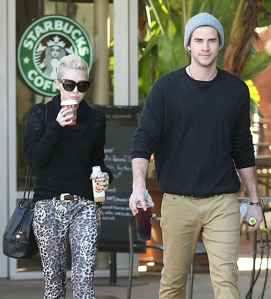 Liam Hemsworth a Miley Cyrus.