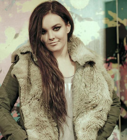 Aktuálně porotcuje v polském X Factoru.