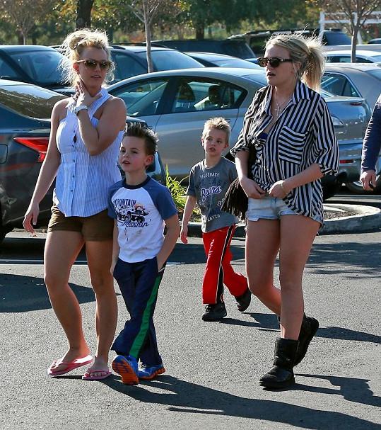 Jamie s Britney a jejími syny.