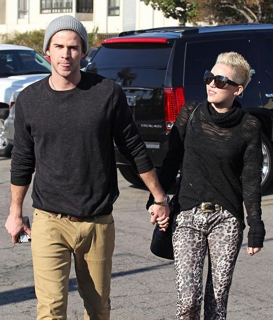 Snoubenec Miley Cyrus je skutečně kus!