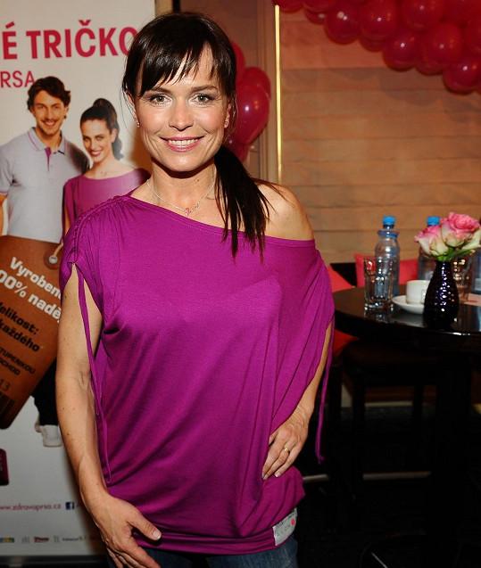 Šípková se už v minulosti aktivně účastnila v projektech bojujících proti rakovině.