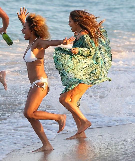 Nelichotivý snímek Jennifer Lopez.